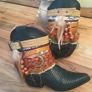Green Cowboy Boots Size 7 -UPCycled Cowgirl Boots